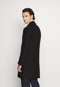 Isaac Dewhirst - OPTION - Classic coat - black - 2