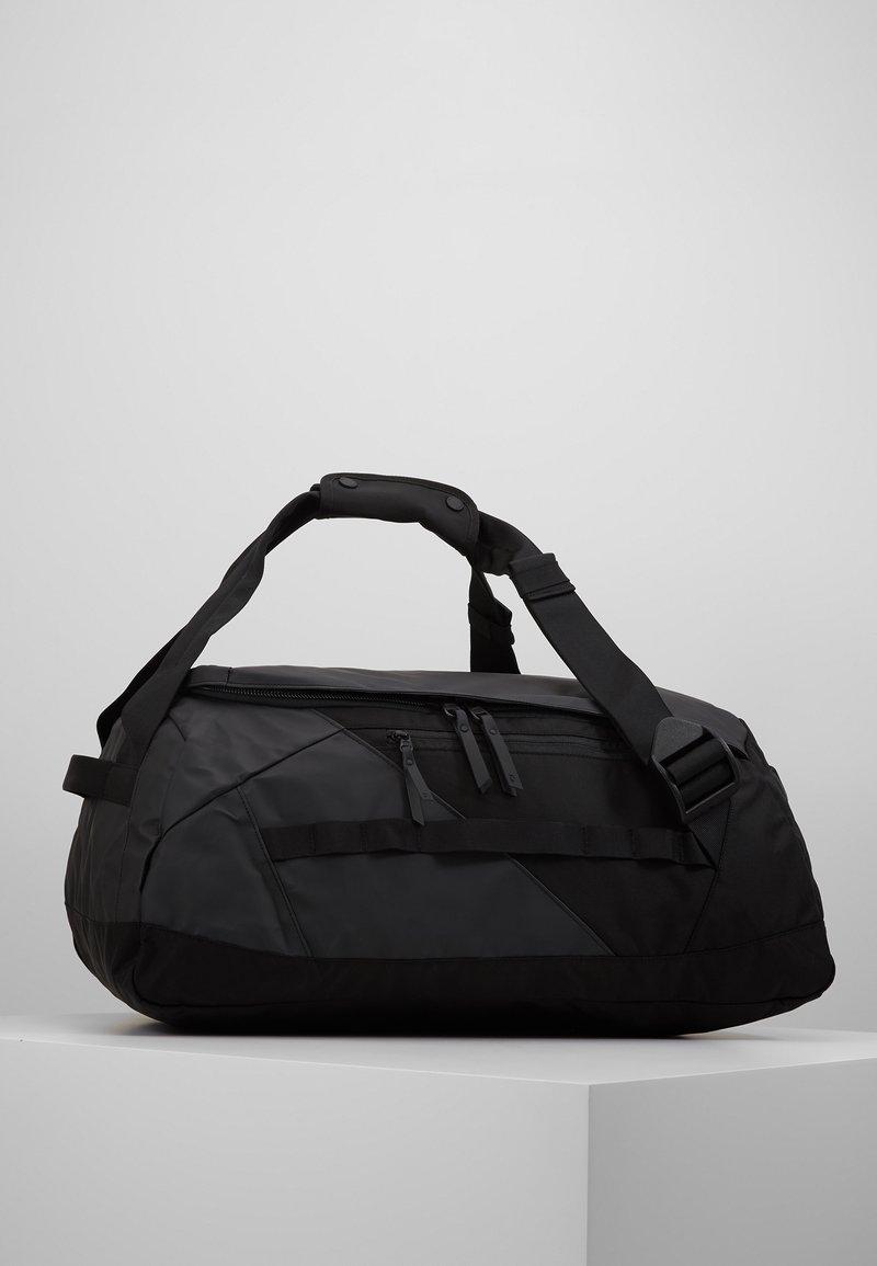 Peak Performance - VERTICAL DUFFLE  - Sports bag - black