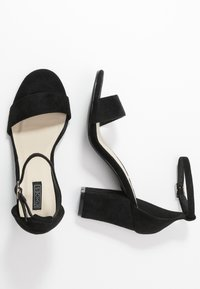 Nly by Nelly - BLOCK MID HEEL - Sandály - black - 3