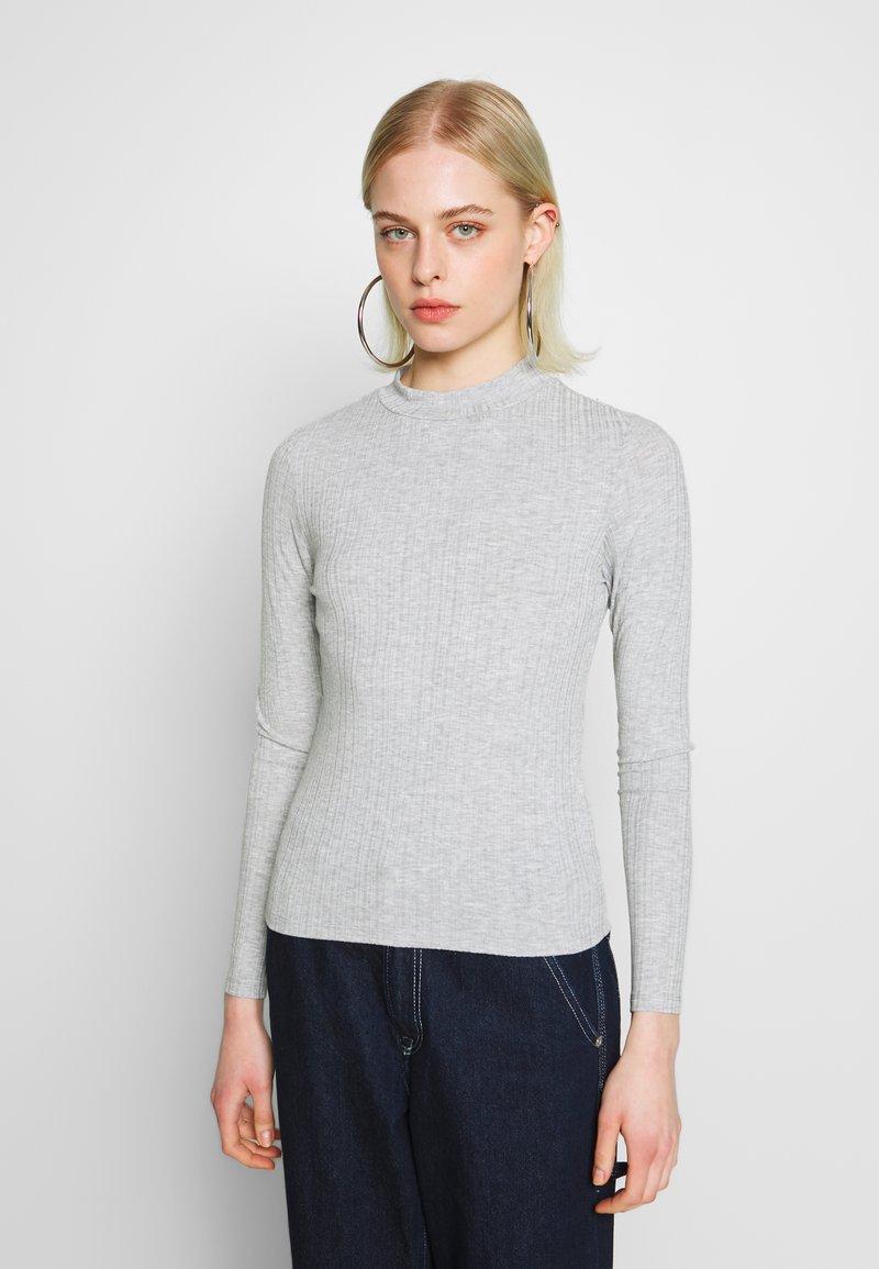 Monki - SAMINA - Longsleeve - grey dusty light grey mel