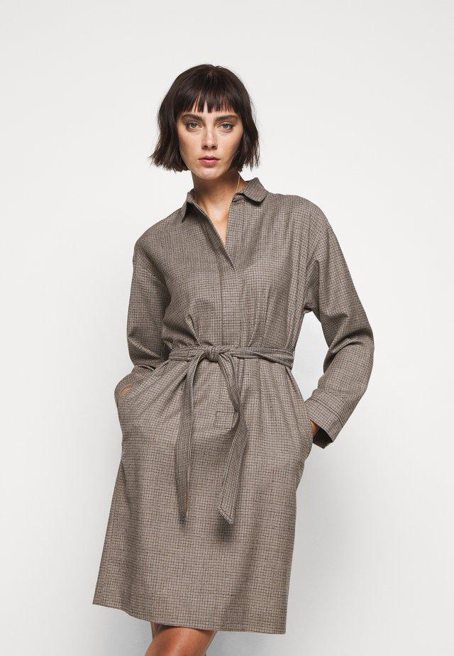 SONIA - Day dress - kamel