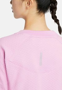 Nike Performance - Long sleeved top - rosa - 4