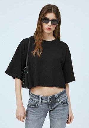 MIRIAM - Basic T-shirt - black