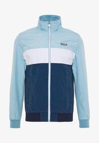 JORFLINT JACKET - Summer jacket - ensign blue/blocking