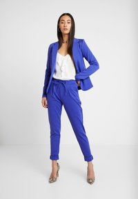 ICHI - KATE - Blazer - clemantis blue - 1