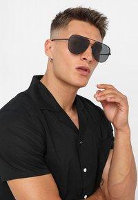 QUAY AUSTRALIA - Sluneční brýle - high key - 1