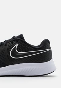 Nike Performance - STAR RUNNER 2 UNISEX - Neutral running shoes - black/white/volt - 5