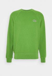 Sweatshirt - tax