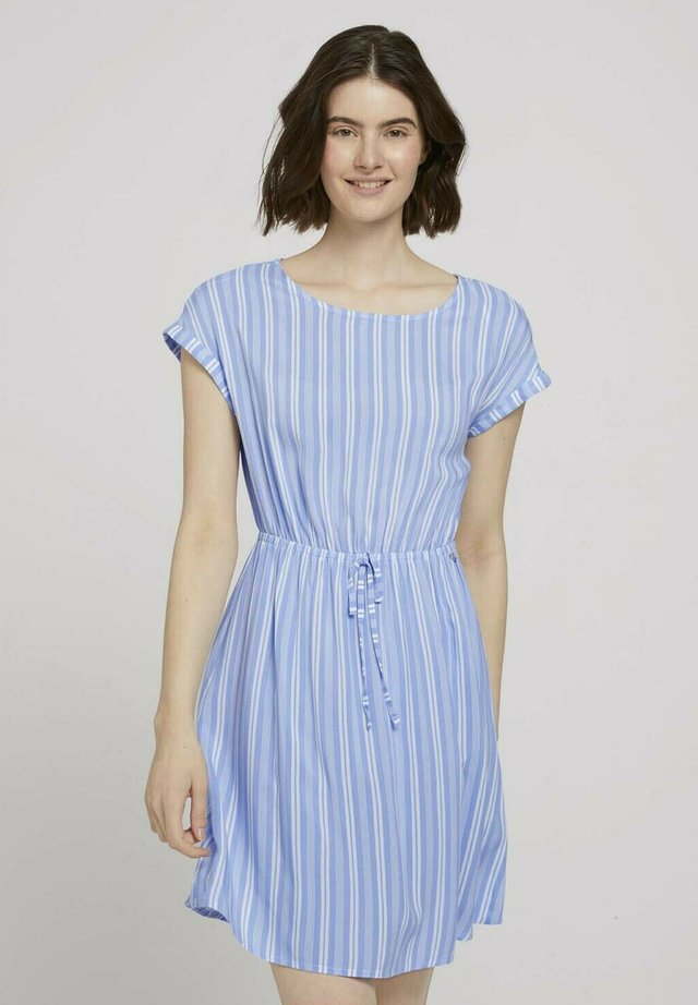 Sukienka letnia - light blue vertical stripe