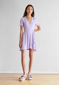 PULL&BEAR - Vapaa-ajan mekko - purple - 1