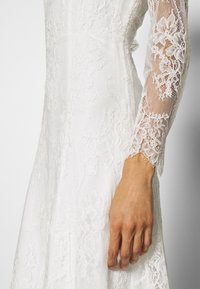 IVY & OAK BRIDAL - FERULA - Occasion wear - snow white - 5