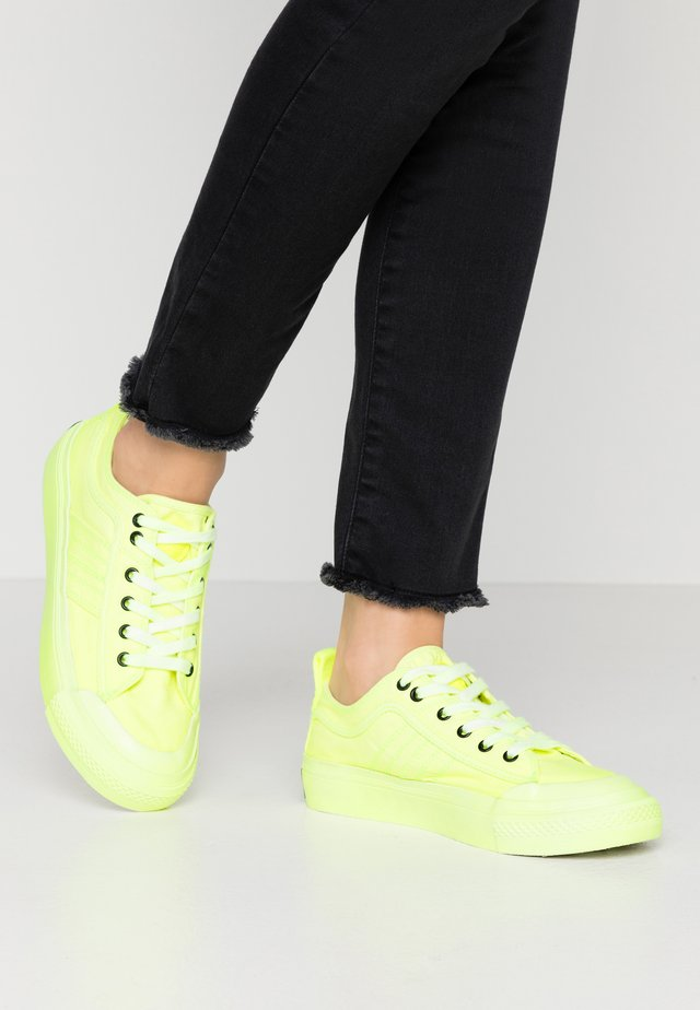 ASTICO S-ASTICO LOW LACE W - Sneakers basse - fluo lemon