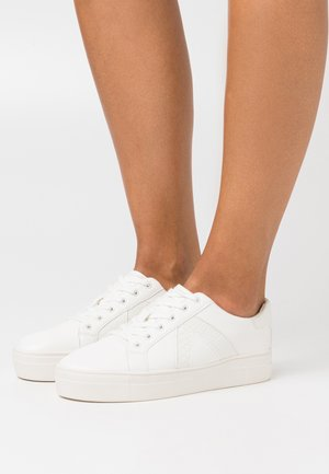 GLADLY - Trainers - white
