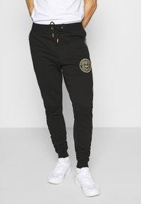 Glorious Gangsta - BOTERO - Pantaloni sportivi - black - 0