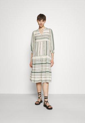 Sukienka letnia - birch
