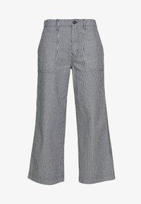 Vans - BARRECKS PANT - Trousers - light blue - 6
