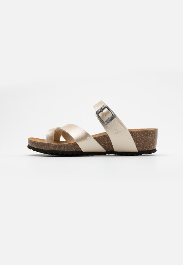 STHELLAE - T-bar sandals - light gold