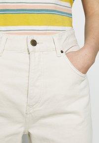 American Vintage - SNOPDOG - Straight leg jeans - ecru - 3