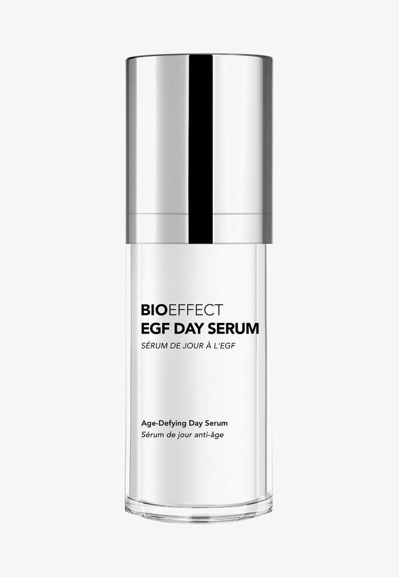 BIOEFFECT - EGF DAY SERUM - Serum - -