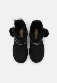 UGG - CLASSIC CHARM MINI - Classic ankle boots - black - 5
