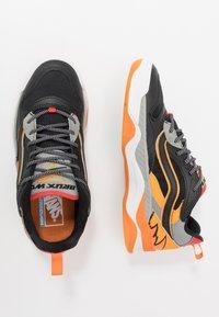 Vans - BRUX  - Skate shoes - black/drizzle - 1