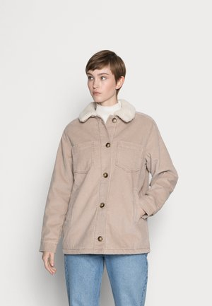 MID LENGHT SHACKET - Light jacket - tan