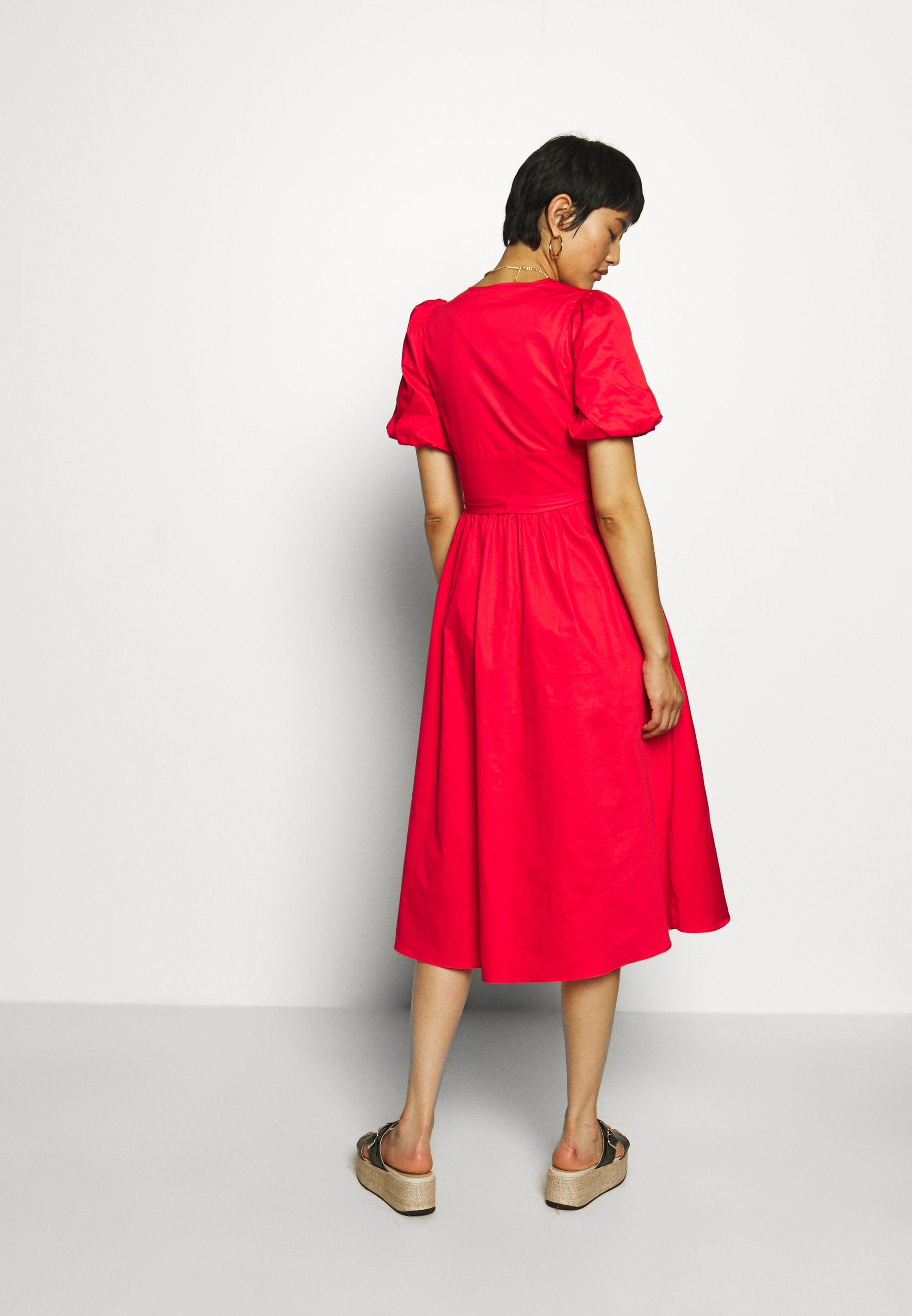Who What Wear PUFF SLEEVE MIDI Blusenkleid siren red/rot