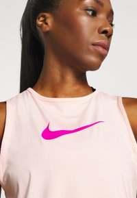 Nike Performance - Top - washed coral/fire pink - 5