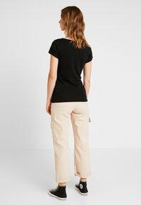 G-Star - GRAPHIC LOGO SLIM - Camiseta estampada - black - 2