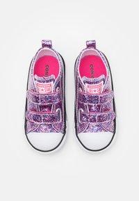 Converse - CHUCK TAYLOR ALL STAR COATED GLITTER - Zapatillas - bold pink/white/black - 3