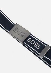 BOSS Kidswear - BELT - Pásek - navy - 3