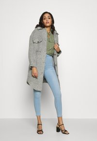 b.young - BYJANETTE - Blouse - sea green combi - 1