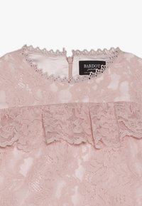 Bardot Junior - MILLY DRESS - Koktejlové šaty / šaty na párty - blush - 5