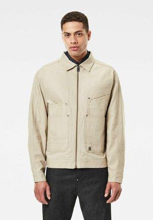 TRUCKER - Summer jacket - khaki