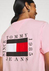 Tommy Jeans - HORIZONTAL STRIPE TEE - T-shirt imprimé - romantic pink - 4