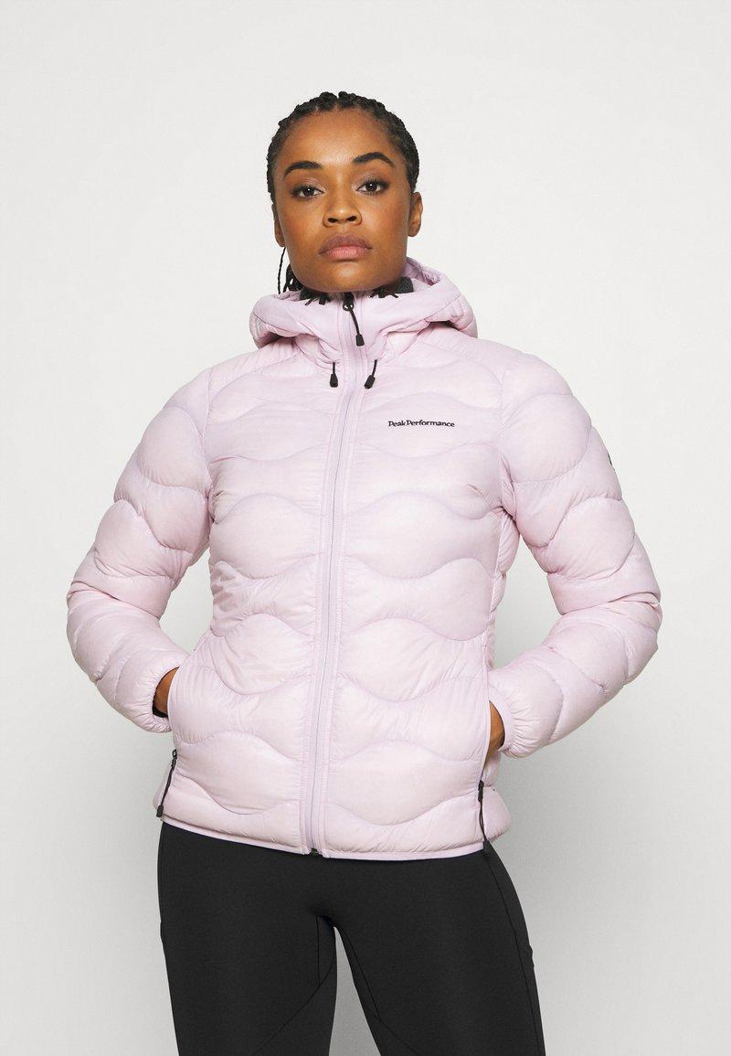Peak Performance - HELIUM HOOD JACKET - Down jacket - cold blush