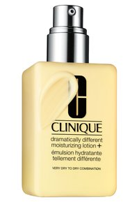 Clinique - HOME AND AWAY SETS  DRAMATICALLY DIFFERENT MOISTURIZING LOTION - Skincare set - - - 2