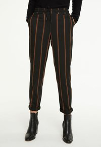 comma casual identity - IM JOGSTYLE - Trousers - grey stripes - 0
