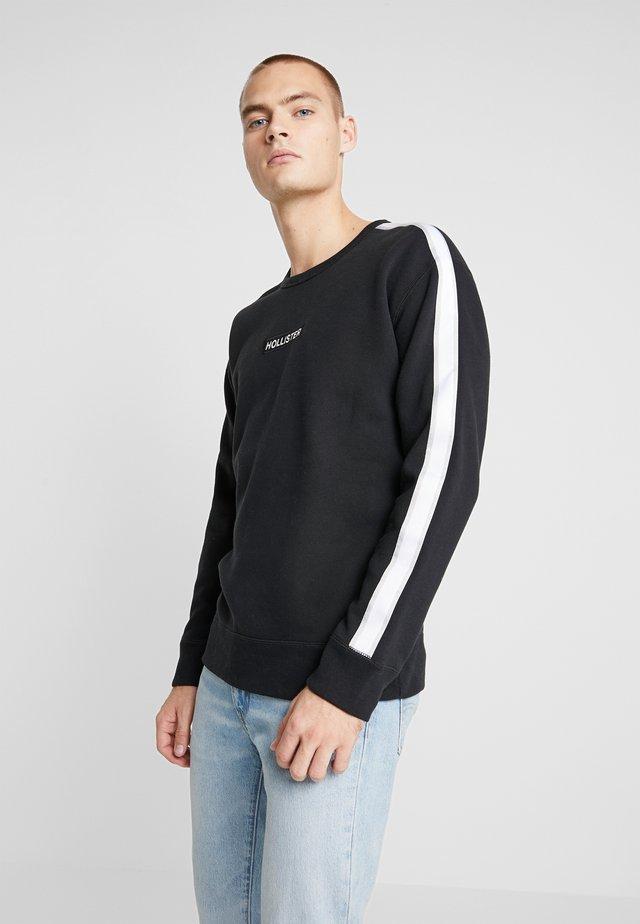 BOX LOGO CREW TAPING - Sweatshirt - black