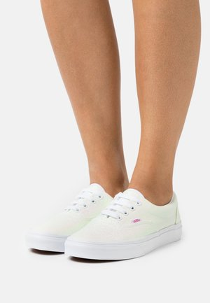 ERA - Trainers - pink/true white
