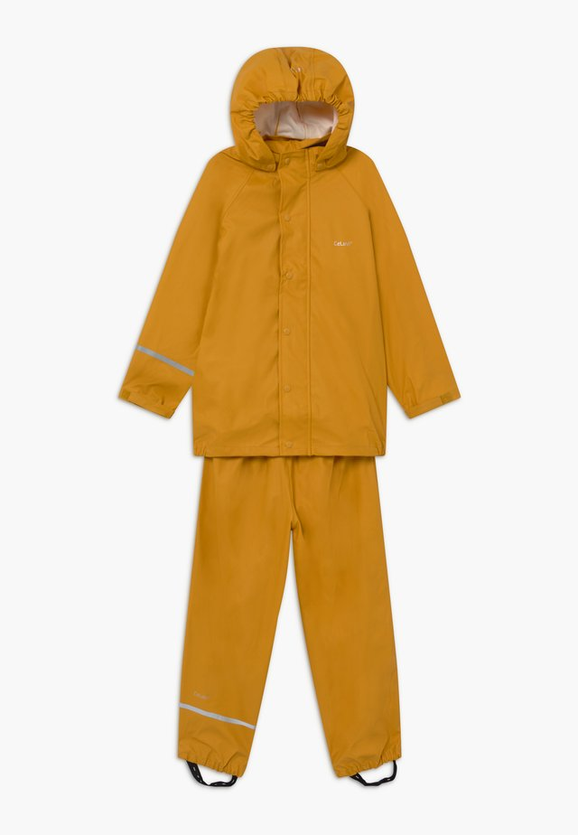 BASIC RAINWEAR SET UNISEX - Waterproof jacket - mineral yellow
