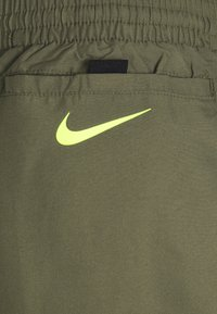 Nike Performance - VOLLEY MATRIX  - Surfshorts - medium olive - 2