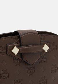 MCM - CROSSBODY - Across body bag - cognac - 4
