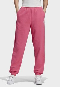 adidas Originals - CUFFED  - Tracksuit bottoms - sesopk - 0