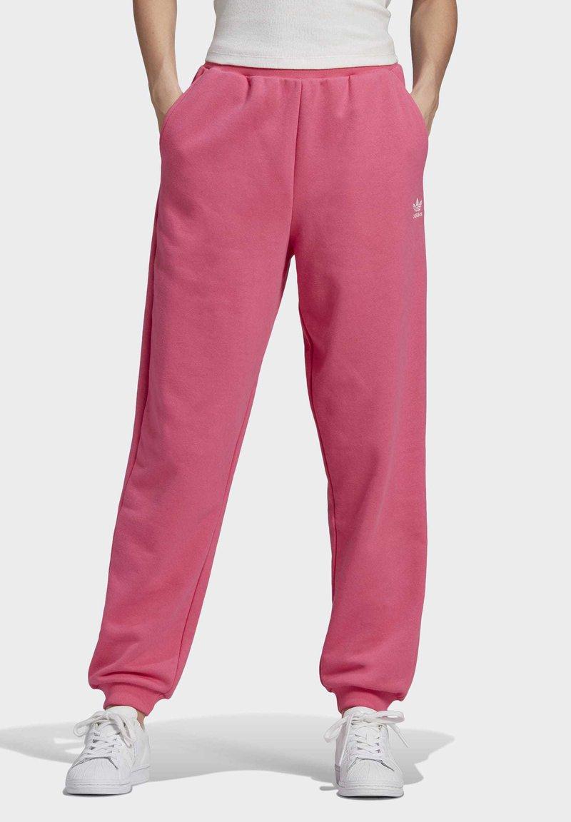 adidas Originals - CUFFED  - Pantalones deportivos - sesopk