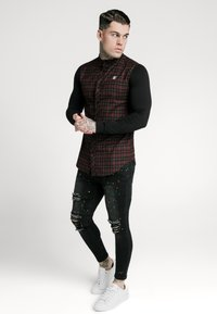 SIKSILK - CHECK GRANDAD - Overhemd - burgundy/black - 1