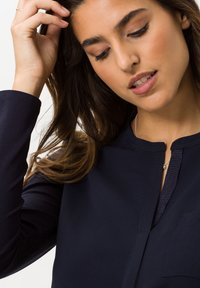 BRAX - STYLE CLARISSA - Long sleeved top - navy - 3