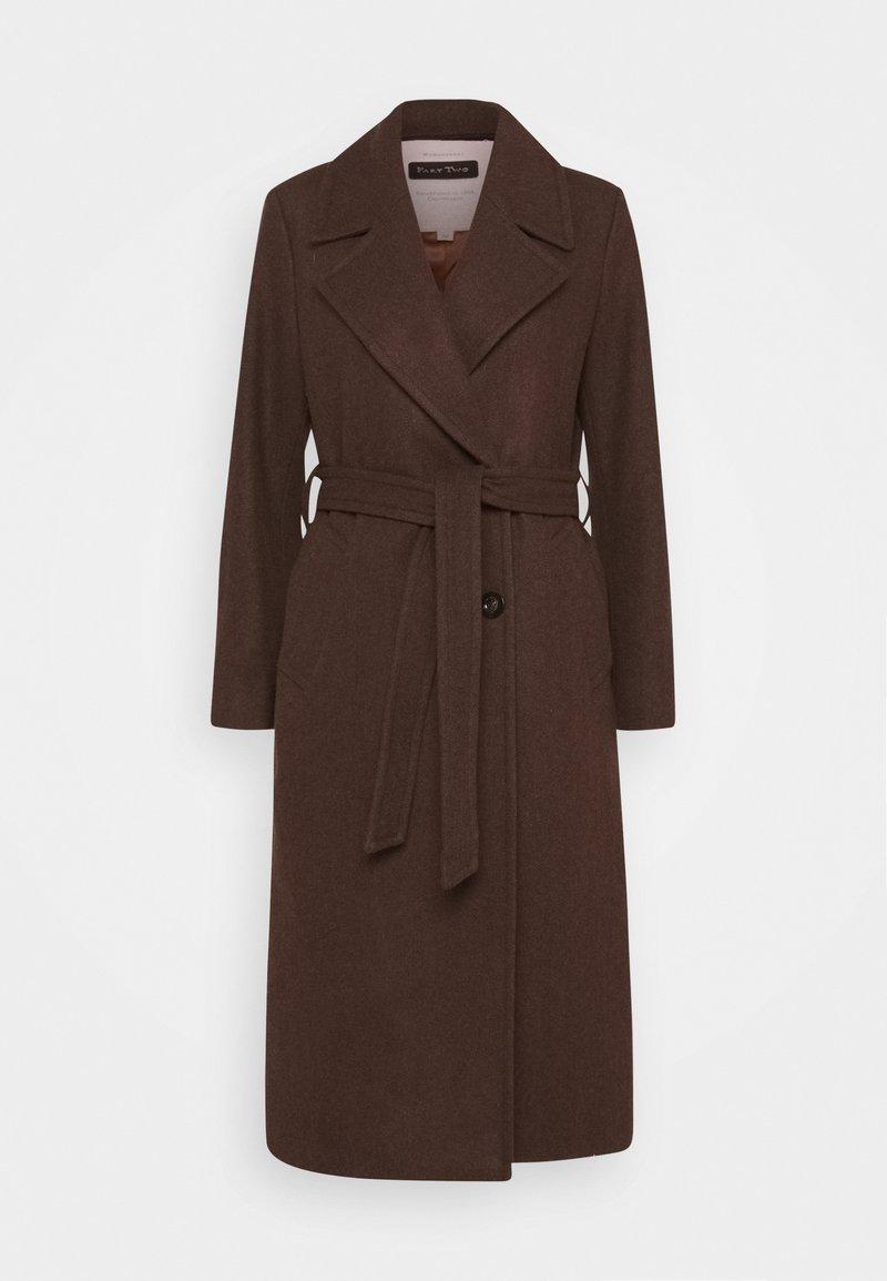Part Two - EJA - Classic coat - chocolate glaze