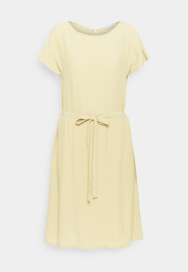 SHORTSLEEVE DRESS - Vestido informal - muted lime