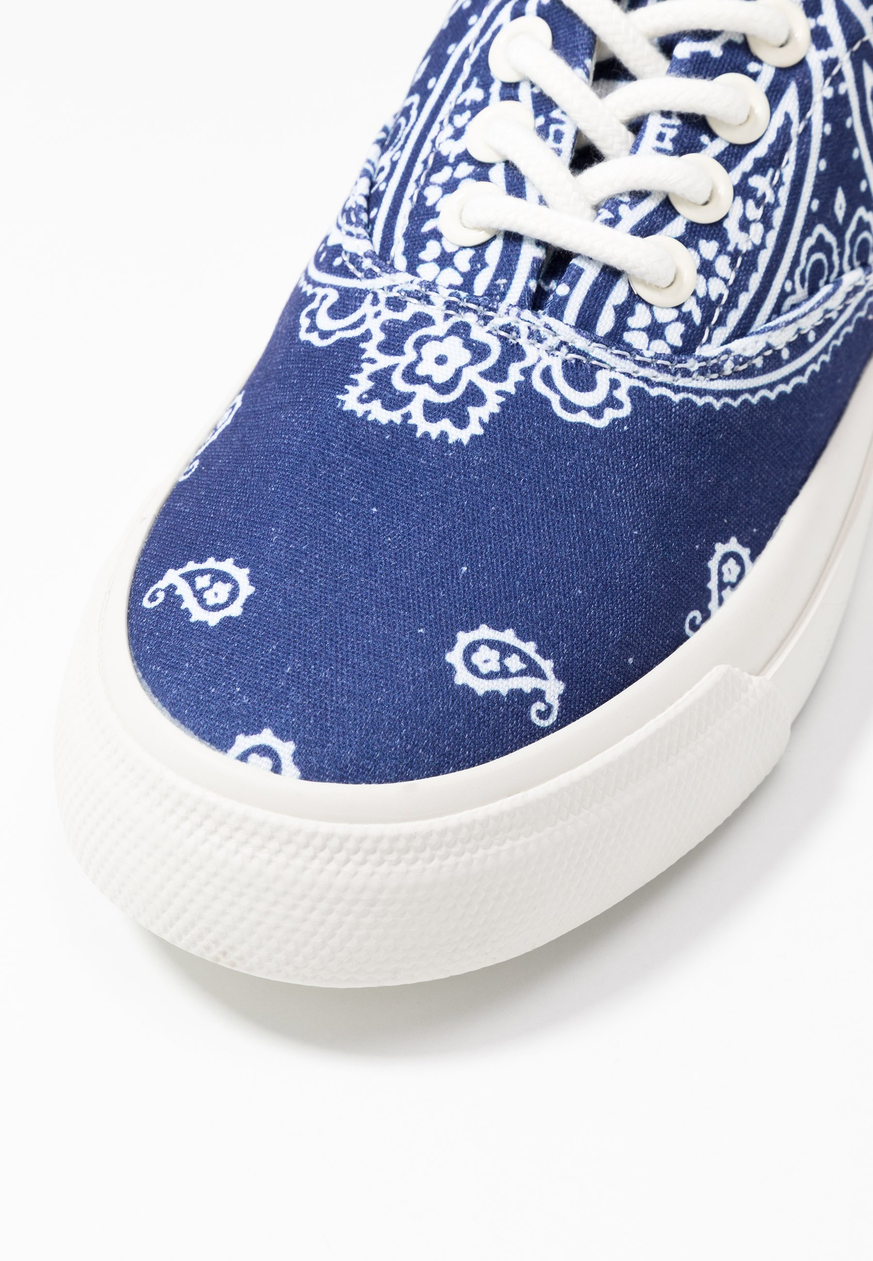 Polo Ralph Lauren BANDANA PRINT - Baskets basses - navy/white - Sneakers femme Excellent
